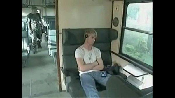 gatoesacana.blogspot.com – Blond guys fuck on the train