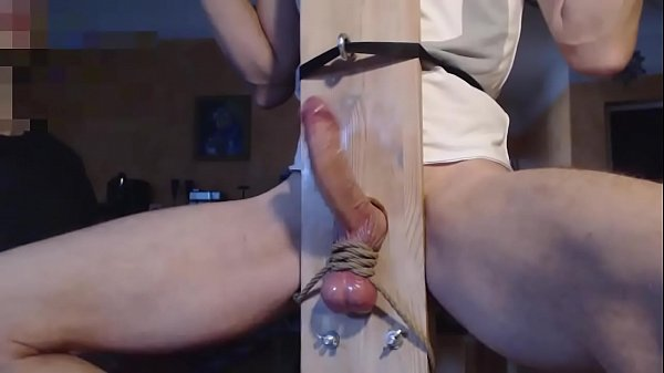 Milking sexy daddy in sex chair – BestGayCams.xyz