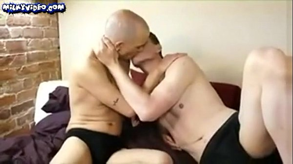 Swallows some cum blowjobs
